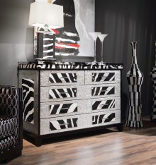 TN 4078/26 CHEST OF DRAWERS COL. LOC