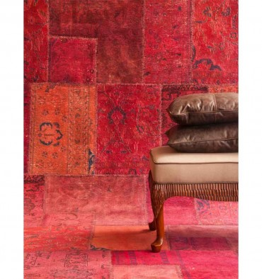 http://www.tecninovainteriors.com/419-thickbox_default/7064-tapis-persian-vintage-burgundy-col-countryside.jpg