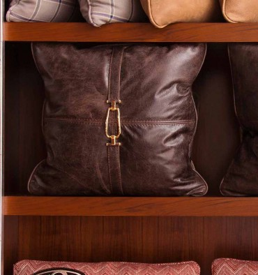 http://www.tecninovainteriors.com/464-thickbox_default/25025-petit-coussin-50x50-col-countryside.jpg